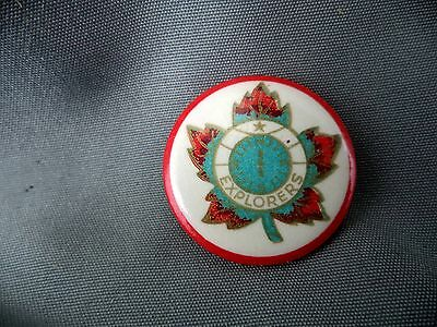 Vintage Lapel Button Explorers Canadian Maple Leaf Red Compass NESW