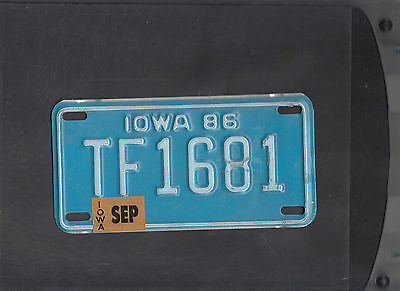 """IOWA 1986 license plate """"TF 1681"""" ***MOTORCYCLE***"""