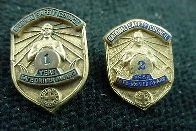 2 Old Vintage Lapel Pin NATIONAL SAFETY COUNCIL 1 & 2 YEAR SAFE DRIVING AWARD