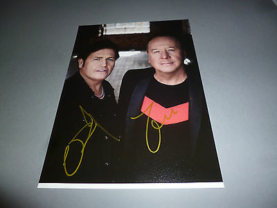 Simple Minds  signiert signed autograph Autogramm auf 20x28 Foto in person