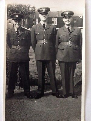 Vintage Postcard WW2 Soldier Group Of Three Soldiers Portrait WWll