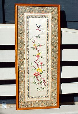 Oriental Chinese Textile Embroidery Picture Flowers & Birds