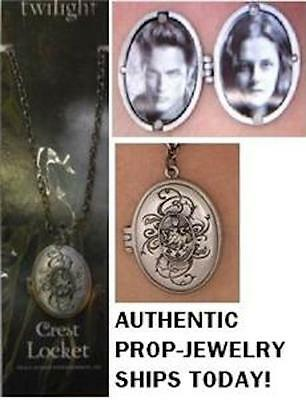 Official Twilight Renesmee CULLEN CREST LOCKET Necklace Opens for Photos * NECA