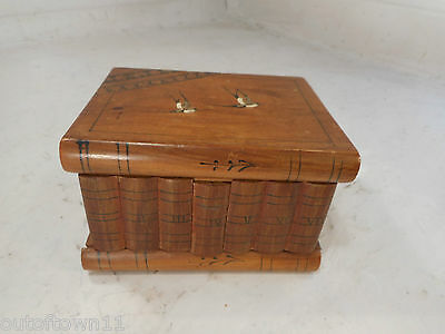 Novelty Book inlaid Box , Secret Lock & Compartment , Sorrento Ware   ref 2251