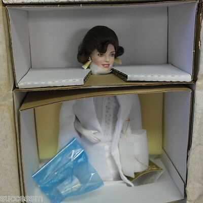 Franklin Mint Jackie Kennedy Porcelain Inaugural Ball Doll W Invitat. REDUCED!
