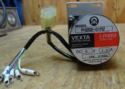 Oriental Motor Vexta Stepping Motor Ph266-01M2 2 Phase 18 Deg/Step