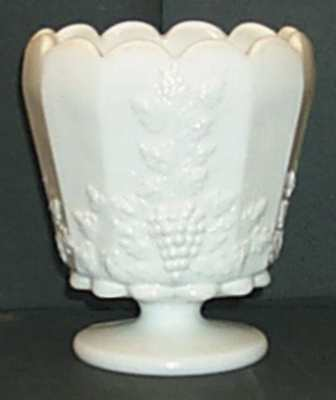 Westmoreland PANELED GRAPE MILK GLASS Footed Cupped Jardiniere 769740