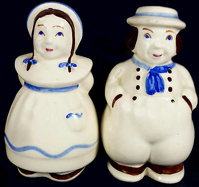 Vintage 1940's Shawnee Art Pottery Company Dutch Boy & Girl Pattern Shaker Set