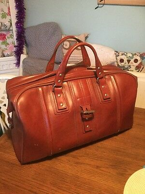 Vintage Hold-all / Vintage bag / Travel bag/antler In Good Age Related Condition