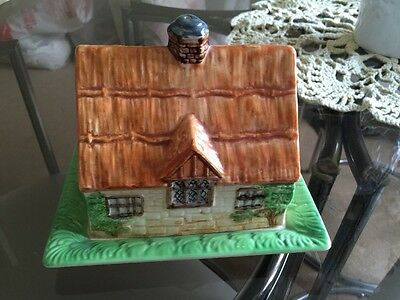 Beswick Butter Cheese Dish House Thatched Cottage 251