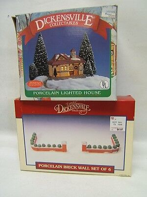 """Lemax """"Dickensvale"""" Lot of 2 """"Lighted House"""" & Brick Wall Set of 6"""" VGC"""