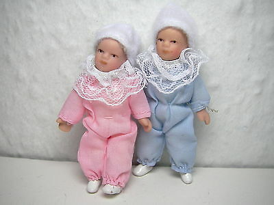 Baby Dolls pink & blue x 2, DOLLS HOUSE MINIATURES (F384)