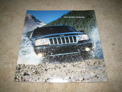 2004 Jeep Grand Cherokee Limited Laredo Overland sales brochure dealer catalog