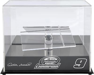 Chase Elliott 2014 NASCAR Nationwide Champion 1/24 Scale Die Cast Display Case