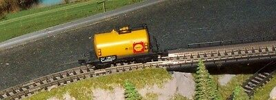 SHELL tank wagon       by ARNOLD        N Gauge   (7)