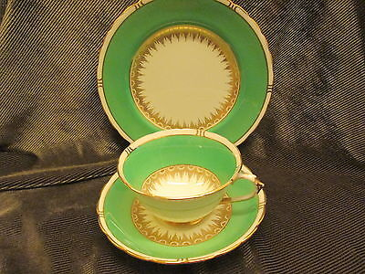 Excellent Stunning  Vintage Tuscan China  ' Green And Gilt Trio