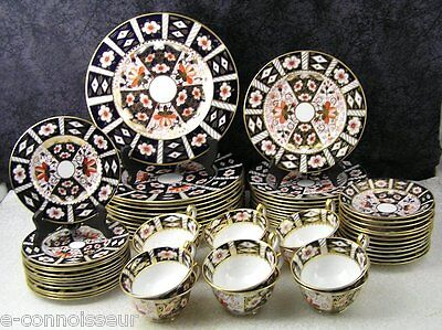 60 Pc Royal Crown Derby Traditional Imari #2451 Bone China Dinner Service for 12