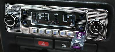 Vintage 60's Look AM FM Car Stereo Radio w/iPOD & USB CD SD MP3 Classic Style