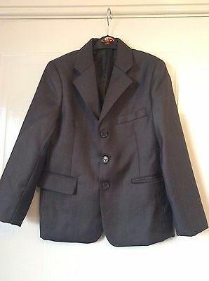 B B BOUM French DESIGNER boys grey 3 piece suit age 8 - worn once - IMMACULATE!