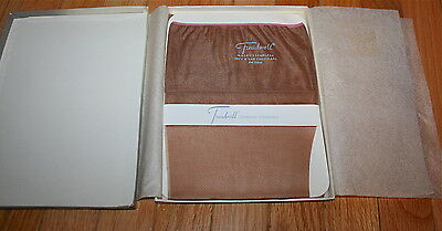 Vintage Womens Nylons-1940's 50's-Treadwell-Seamless Stockings-New In/box-2 Pair
