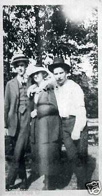 CLYDE BARROW & BONNIE PARKER Signed Photograph - Outlaws / Bank Robbers preprint
