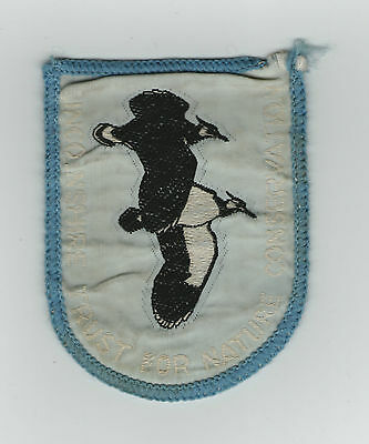 LINCOLNSHIRE TRUST FOR NATURE CONSERVATION CLOTH PATCH BADGE 1970s
