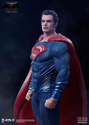 Iron Studios Superman 'batman V Superman Dawn Of Justice' 1:10 Statue ~New~