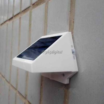 2017 Solar Power Powered Outdoor Garden Light Lamp Fence 4 LED Pathway Wall Yard