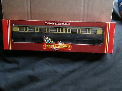 Hornby R.456 Gwr Composite Coach Chocolate / Cream (Oo Gauge) Boxed