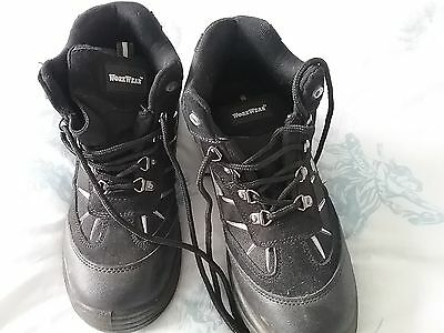 Mens Work Boots Size 9