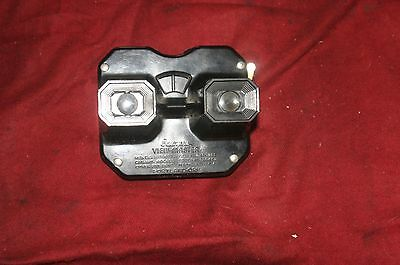 """Vintage Sawyer """"Viewmaster"""" 3-D viewer and 7 slide discs"""