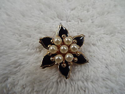 Goldtone Black White Bead Flower Pin (A72)
