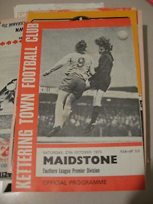 1973-74 Kettering Town  v Maidstone Southern League Premier 27.10.1973