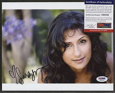 Entertainment Memorabilia Mindy Kaling Signed Autographed 8x10 Photo A Wrinkle In Time Coa