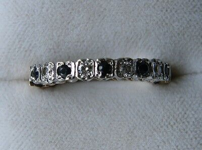 Lovely 9ct Gold, Sapphire and Diamond Eternity Ring
