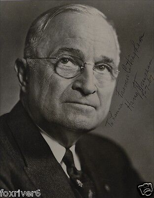 HARRY S TRUMAN Signed Photograph - former US President (33rd)