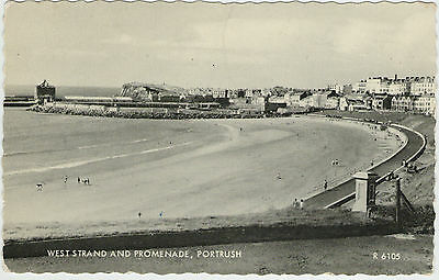 West Strand And Promenade Portrush 1962 Used Valentine's Postcard Stamped R 6105