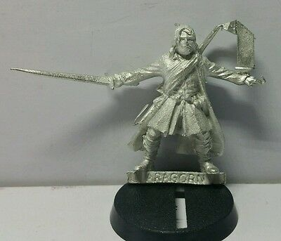Ranger Aragorn (fellowship of the ring) Mint metal model LOTR The Hobbit OOP