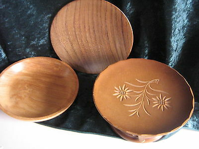 3 Items Treen  Hand Crafted Wooden Plates & A Musical Bowl By Reuge  Auf Wieders