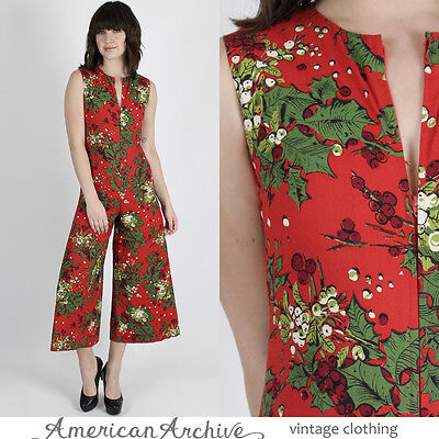 Vintage 70s Holly Floral Jumpsuit Holiday Christmas Gaucho Pants Playsuit Romper