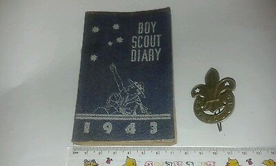 SCOUTS. VINTAGE 1943 AUSTRALIAN BOY SCOUT DIARY and CAP BADGE