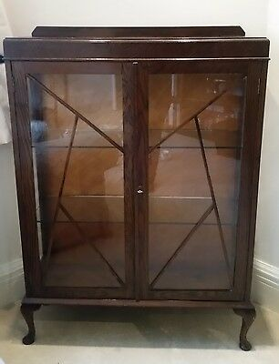 Queen Anne/Vintage Mahogany Display Cabinet Glass Fronted