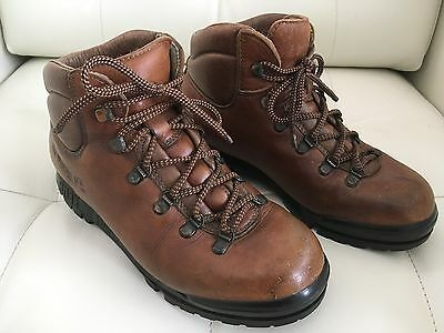 Ladies Leather Scarpa Attack Hiking Boots Size 39 7.5 US