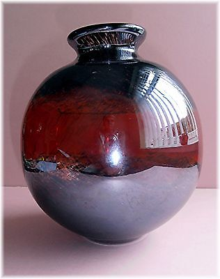 Round Glass Vase Ground Out Pontil