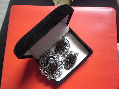 STERLING HANDCRAFT BROOCH  and CLIP EARRING black shiny stone in box