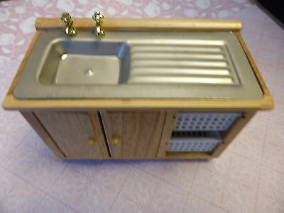 1.12 Scale -  Kitchen Sink Unit With Baskets -  Dolls House Miniatures