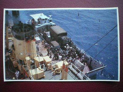 Falklands Task Force Postcard Rp Wwii  Loading Vechiles & Heavy Equiment Into La