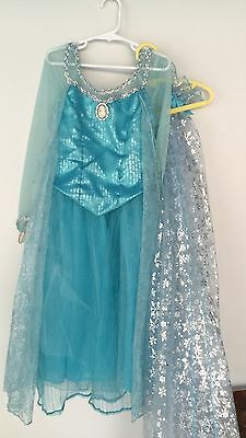Disney Elsa Deluxe Dress Costume With Cape! Park Size Medium 6 7 8