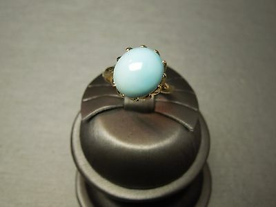 Vintage 1970s 14KT Yellow Gold Oval Natural Persian Turquoise Ring