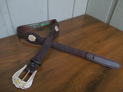 Resistol Women's Genuine Leather Concho Belt Size M/28-30..Brown.Snap on Buckle